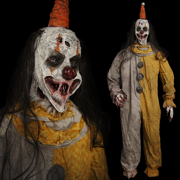 FULL-SIZE CLOWN FIGURE